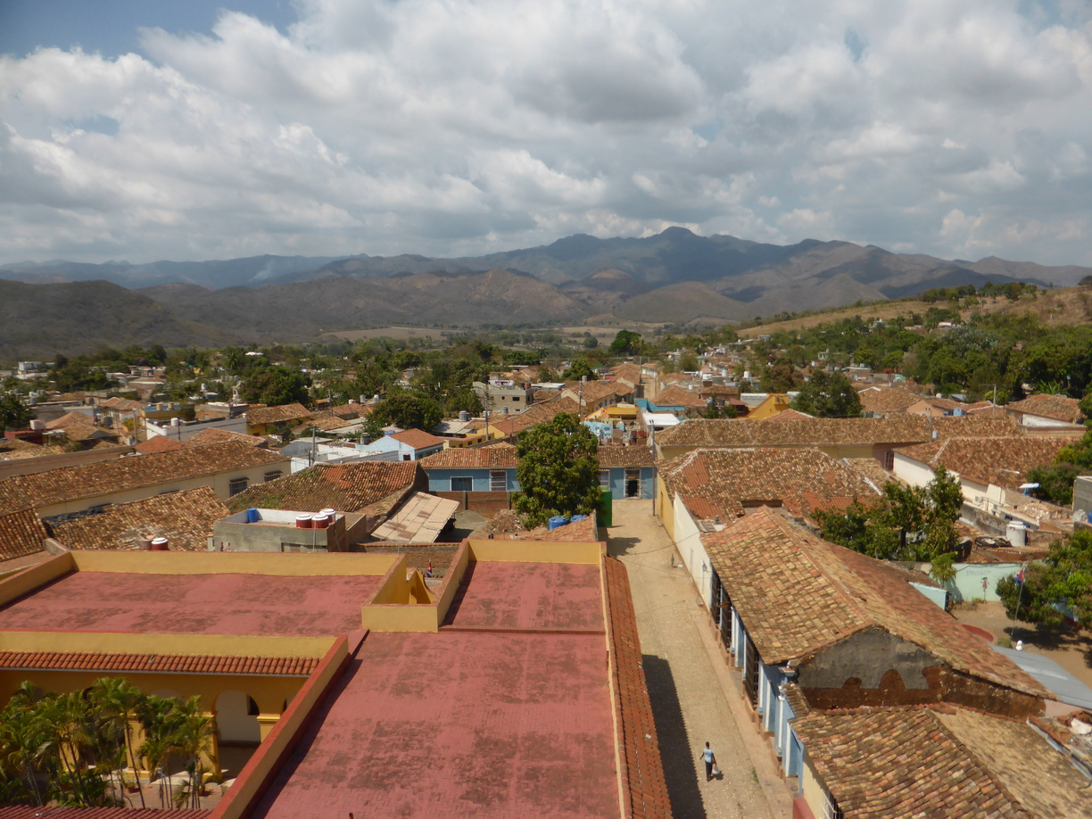 Topes de Collantes in the distance