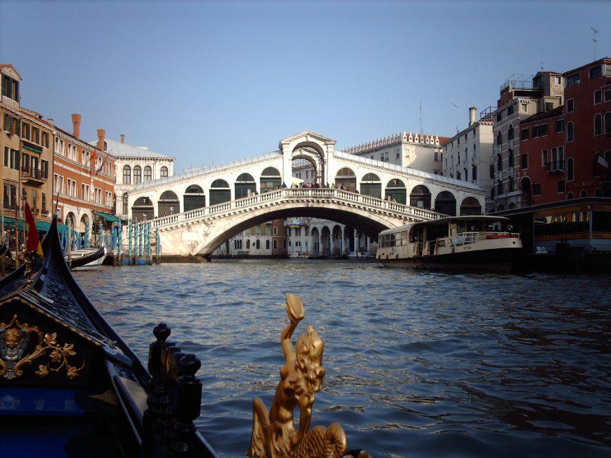 Rialto bridge from Gondola